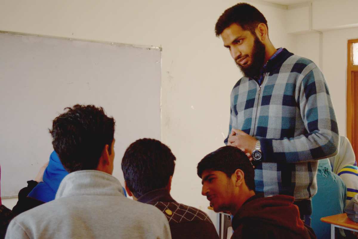 Why I Left My Engineering Job To Teach Maths And Science To Kids In Kashmir