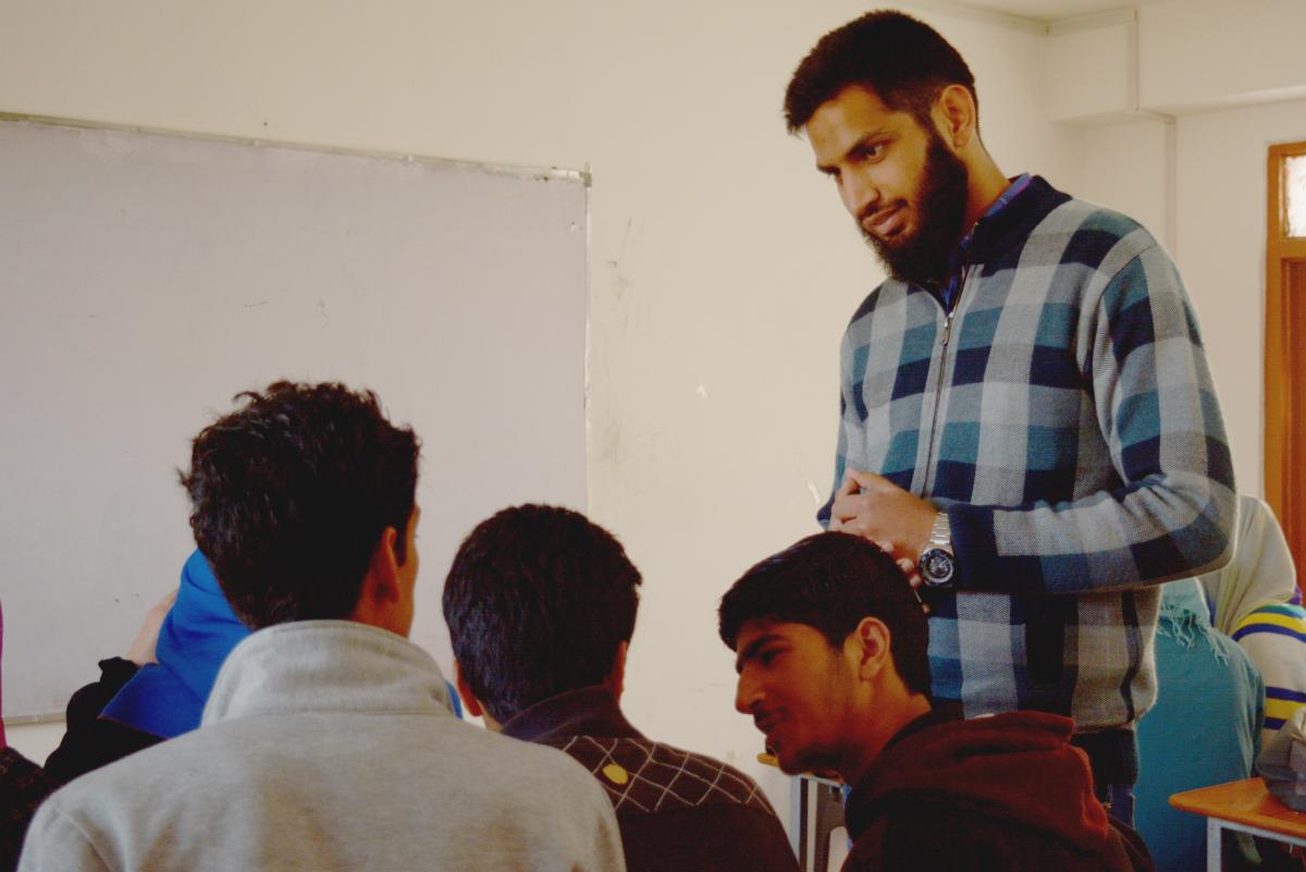 Image of Abdullah Saqib in classroom